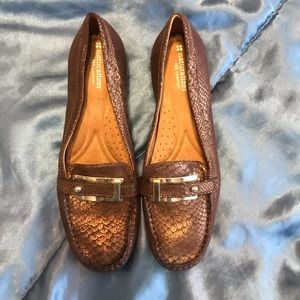 Ever before worn pair of naturalized N5 comfort